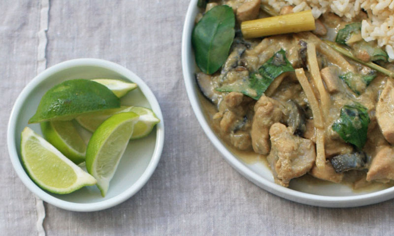 Thai Green Chicken Curry [Vegetarian Friendly]
